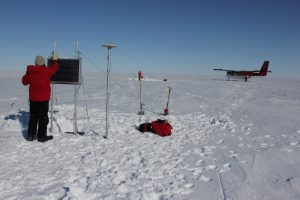 Setting up a GPS station north of the seismic station